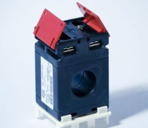 M4521 Plastic Case Current Transformer for Metering Application